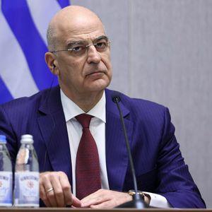 Дендиас: Грција разгледува евентуално кривично гонење на одговорните за киднапирањето на летот на Рајанер