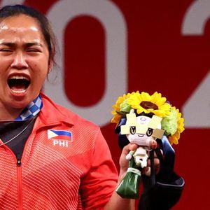 Првата олимписка шампионка од Филипини наградена со стан, куќи и доживотно бесплатен авионски билет