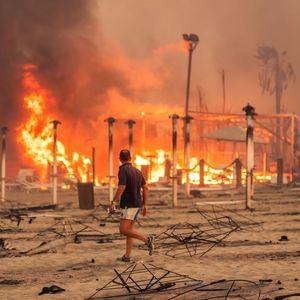 Борба со големиот пожар на Сицилија, евакуирани домови, затворен аеродром