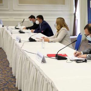 Подмладоци на 34 партии потпишаа Декларација за фер, слободни и демократски избори