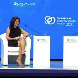 (Видео) Убава си, згодна си, ама не слушаш што ти зборувам, и рече Путин на американската новинарка