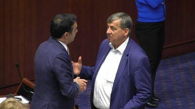 ЕФТИНО ПОМИНАЛЕ СО ПАНЧО: Гласот на Панчо Минов чинел неколку пати поефтино од гласовите на осумтемина!