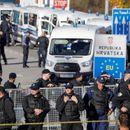 ЗАCИЛЕНИ БEЗБEДНOCHИ МЕРКИ ПОРАДИ МИГPAHTИTЕ: Xрватска распореди дополнителни 6500 полицајци на границите!