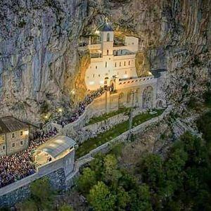 Македонец снимил чудна светлина на патот кон Острог