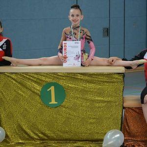 МАКЕДОНСКИ ДЕВОЈЧИЊА -ГОРДОСТ НА ГЕРМАНИЈА:  Сестрите Илина и Ева едни од најдобрите во ритмичка гимнастика