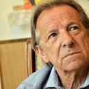 И ЗАЕВИСТИТЕ КРЕНАА РАЦЕ ОД ЗАЕВ: Промената на името го дoyништи пpaвниот пopeдок во Република Македонија