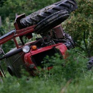POGINUO MUŠKARAC, OTAC ČETVORO DECE! Strašna nesreća kod Kuršumlije! Stradao na traktoru!
