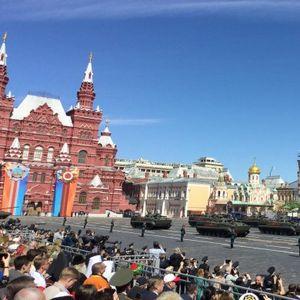PARADA POBEDE U MOSKVI 24. JUNA UMESTO 9. MAJA! Baš na taj dan 1945. sovjetski vojnici-pobednici marširali su Crvenim trgom!