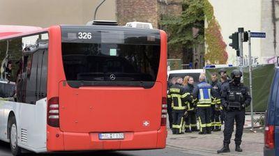 JOŠ JEDNA PUCNJAVA U NEMAČKOJ! Oružani napad i u Landsbergu! Povređeni ispred sinagoge U ŽIVOTNOJ OPASNOSTI! (VIDEO/FOTO)