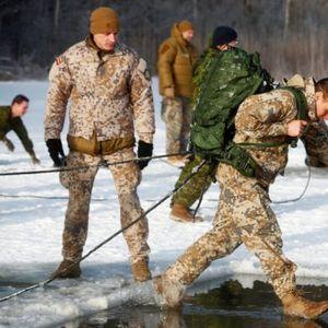 'BOLJE KUPITE KNJIGE IZ ISTORIJE, RECIMO O BICI ZA STALJINGRAD'! NATO naručuje 78.000 zimskih uniformi za arktIčke minuse, Rusija im brutalno odgovorila!