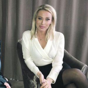 """OVA MOJA PESMA U GRANDU NIKADA NIJE EMITOVANA! Voditeljka Dajana Paunović u emisiji """"Žene bez tajni"""" otvoreno o MUŠKARCIMA, PLASTIČNIM OPERACIJAMA..."""