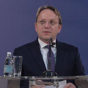 Varhelji hvali reforme u Srbiji!