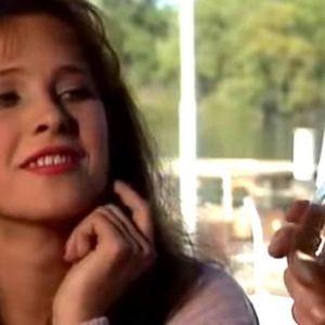 """DA LI SE SEĆATE ĐINE IZ """"SREĆNIH LJUDI""""? Glumica je ponovo na malim ekranima, a evo kako sada izgleda i šta je na sebi PROMENILA"""
