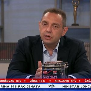 MINISTAR VULIN: Opremamo vojsku novim domaćim naoružanjem i opremom!