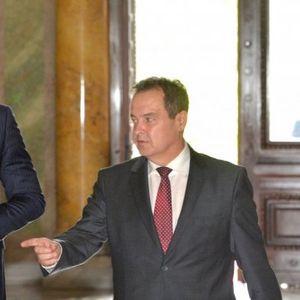 /Uživo/ Završen sastanak delegacija SNS i SPS! Pratite na Informer.rs!