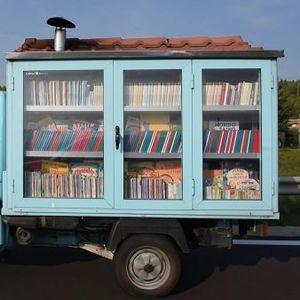 Ова е најмалата мобилна библиотека во Италија