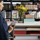Како безбедно да купувате на интернет со помош на вашиот нов шопинг асистент – мобилниот телефон?