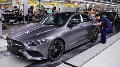 Daimler го намалува производството во Германија и ја сопира работата во фабриката во Унгарија
