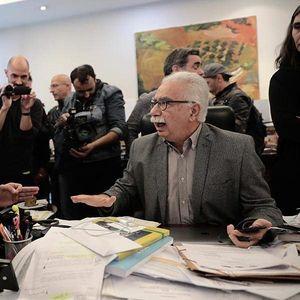 Драматично во грчкото министерство за образование- ученици упаднаа кај министерот (ВИДЕО)