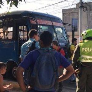 Петмина загинати во експлозија на автомобил – бомба во Богота