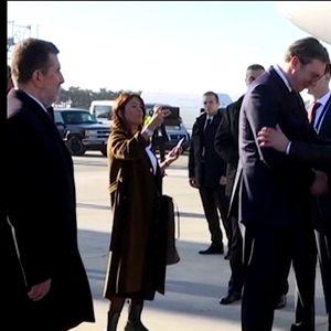 Путин пристигна во Белград, илјадници на улиците , имало ли закана од ИСИС