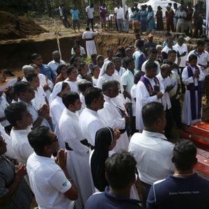 Масовен погреб во Шри Ланка – ИД ја презеде одговорноста за масакрот