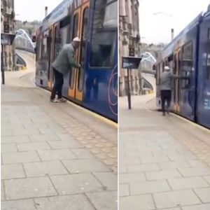 Шокантна снимка од пијан маж кој паѓа на шините , додека се обидува да се качи на воз