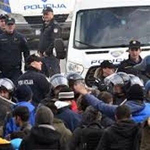 Жестока тепачка меѓу босанската полиција и мигрантите