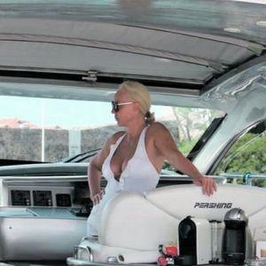 Брена и Боба купуваат јахта од 890 000 евра