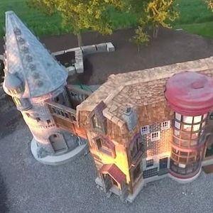 """Баба и дедо изградиле замок како од ,,Хари Потер"""" за својата внука"""