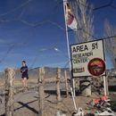 """Ентузијасти сакале да влезат во воената база ,,Област 51"""" во Невада, во потрага по докази за вонземјани"""