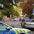 Двајца загинати во пукотница пред синагога во Германија (ВИДЕО)