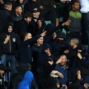 По вчерашното срамно расистичко и нацистичко навивање , поднесе оставка претседателот на бугарскиот фудбалски сојуз