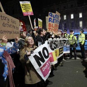 Протест во Лондон против Џонсон : Ти не си наш премиер