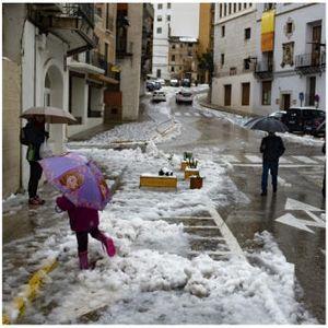 Најмалку четири жртви во силното невреме во Шпанија