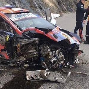 Среќен сум што сум жив: Рели шампион излезе неповреден по страшна несреќа (ВИДЕО)