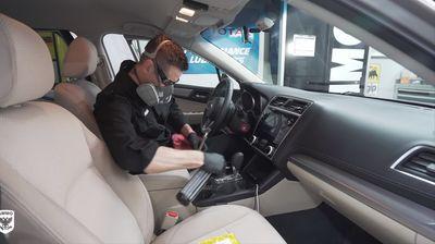 Како изгледа правилно чистење и дезинфекција на внатрешноста на автомобилот
