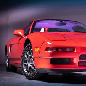 Јапонскиот Ферари од 90-тите се продава поскапо од нов оригинален модел