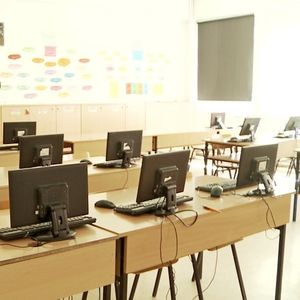 СОНК и Царовска во заедничка обиколка на неколку основни училишта во Гази Баба
