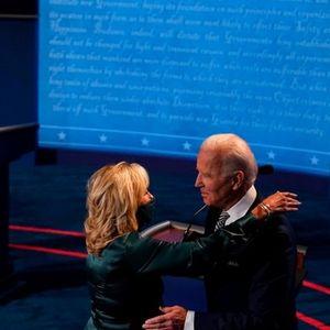 Меланија повторни на удар-не го бакнала Трамп како сопругата на Бајден