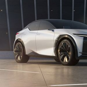 """Концептот """"LF-Z Electrified"""" е електричната иднина на """"Lexus"""""""