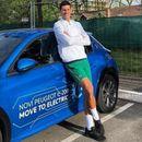 Новак Ѓоковиќ се пофали со новиот електричен автомобил