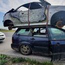 Полицајците не можеле да поверуваат што натоварил на покрив на Форд (ФОТО)
