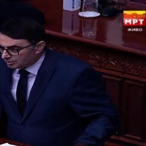 Пенков до Спасовски: Има поплаки дека не се издаваат лични карти