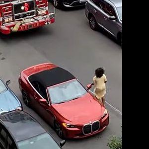 Со БМВ блокирала противпожарно возило, па добила лекција