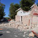 Силен земјотрес го погоди Крит, едно лице загина откако се урна црква