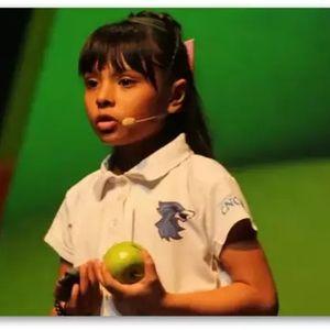 Аутистично девојче има повисок коефициент на интелигенција од Ајнштајн и Хокинг | Видео