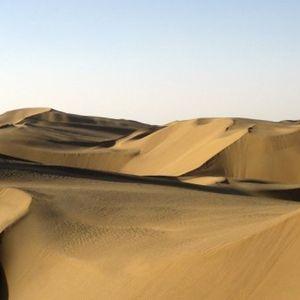 """Низ оваа пустина некогаш минувал """"Патот на свилата"""", а денес ја посетуваат само авантуристи"""
