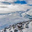 Снегот ги израдува скијачите: Утрово вистинска зимска идила во Маврово и Попова Шапка