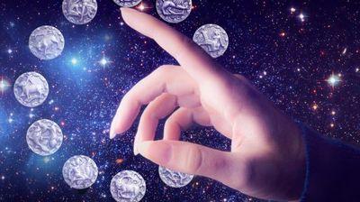 Полна месечина во Водолија настапува денес: Драма за Раковите, среќа за Вагите, успех за Девиците…